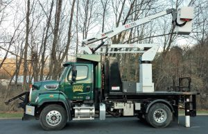 26,000-pound Ampliroll Hook Lift System