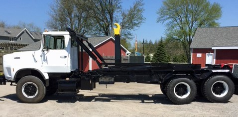 1990 Ford 9000 with 50000 lbs Ampliroll Hooklift