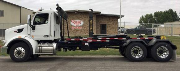 2019 Peterbilt 567 with 50000 pound ampliroll hooklift