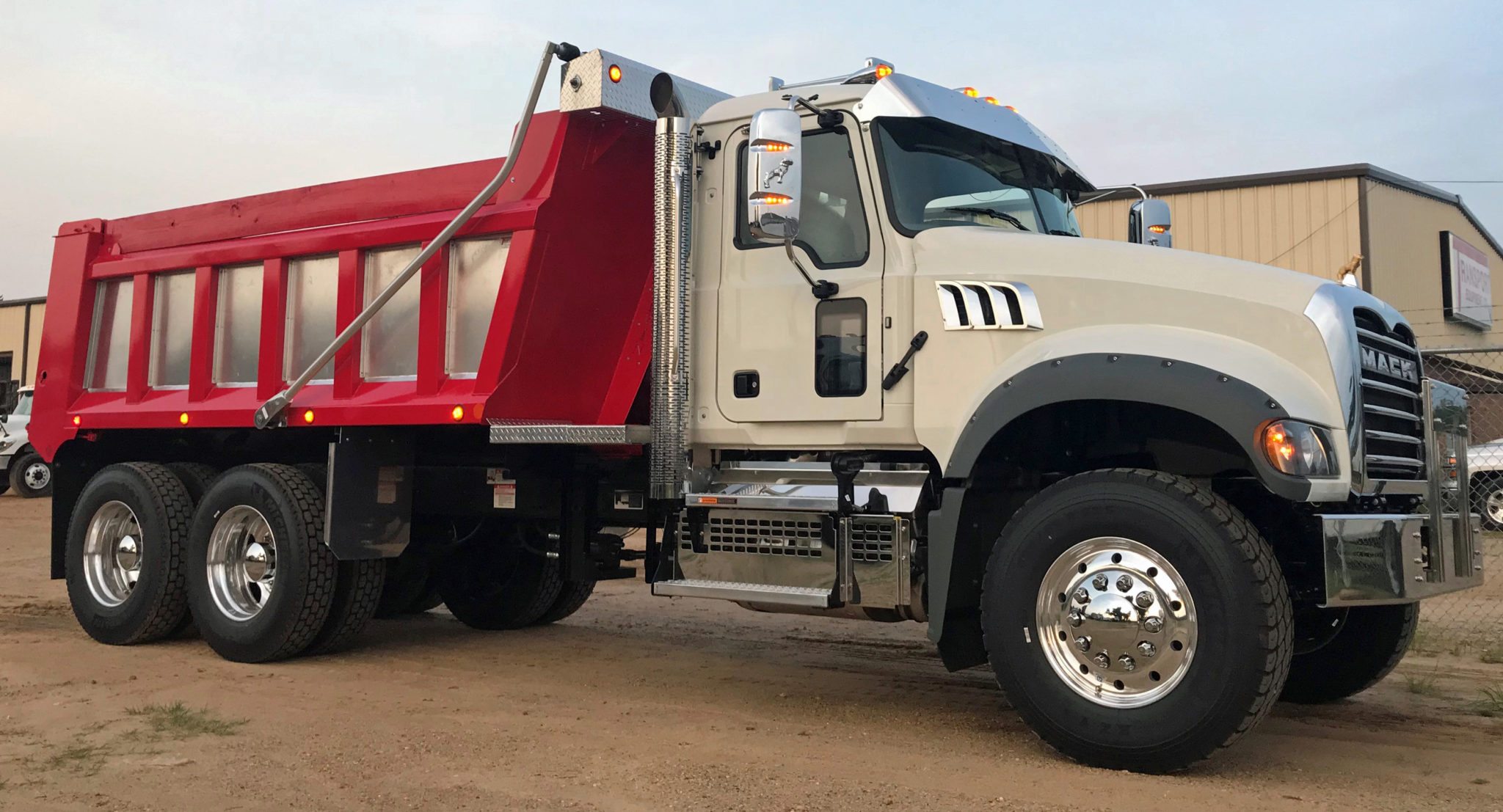 Spotlight On Transport Equipment Of Albany Georgia Providing The Southeast With Quality Truck Bodies And More Including Hooklifts Ampliroll Hooklift Systems