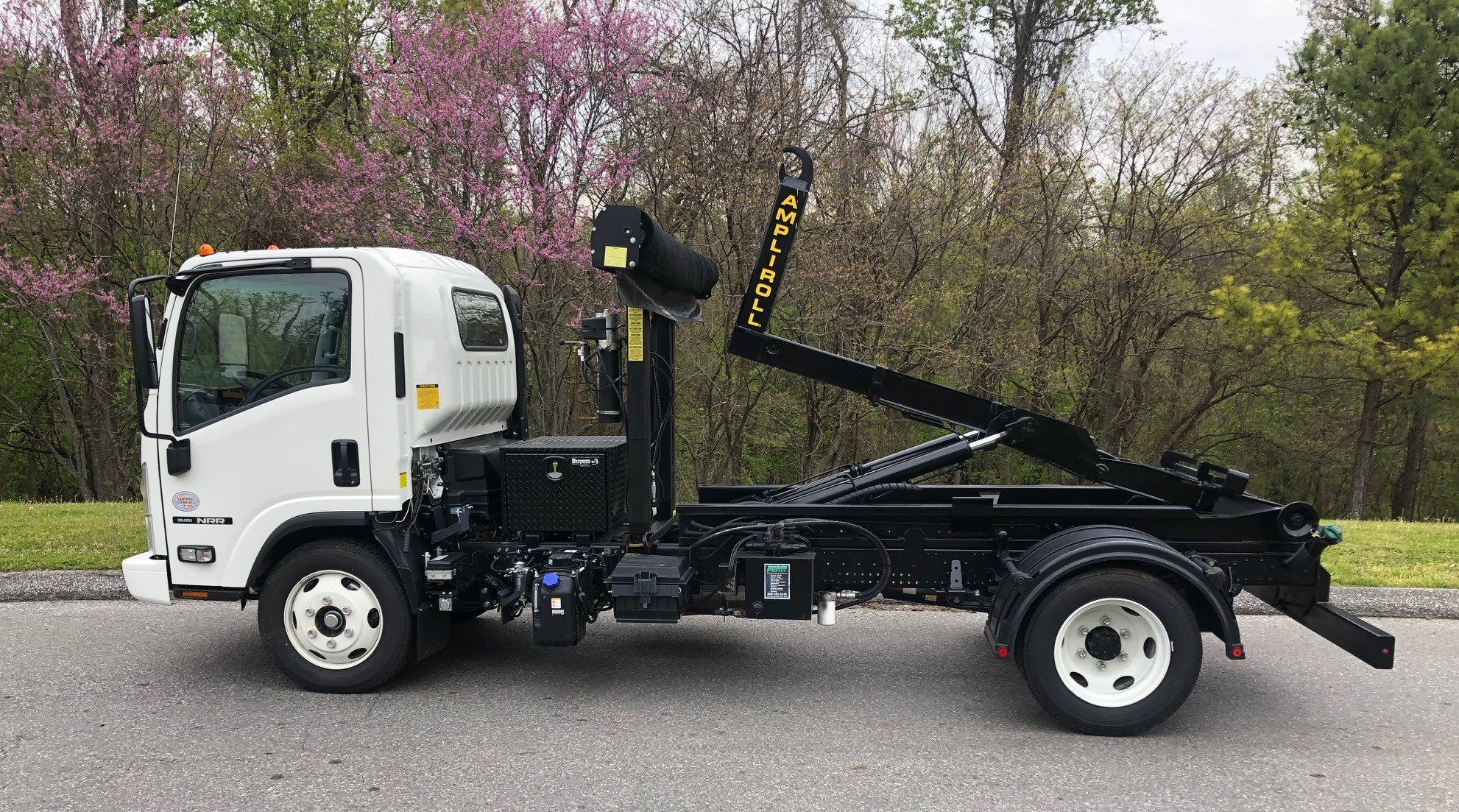 2020 Isuzu NRR with 13,000lb Hook Lift